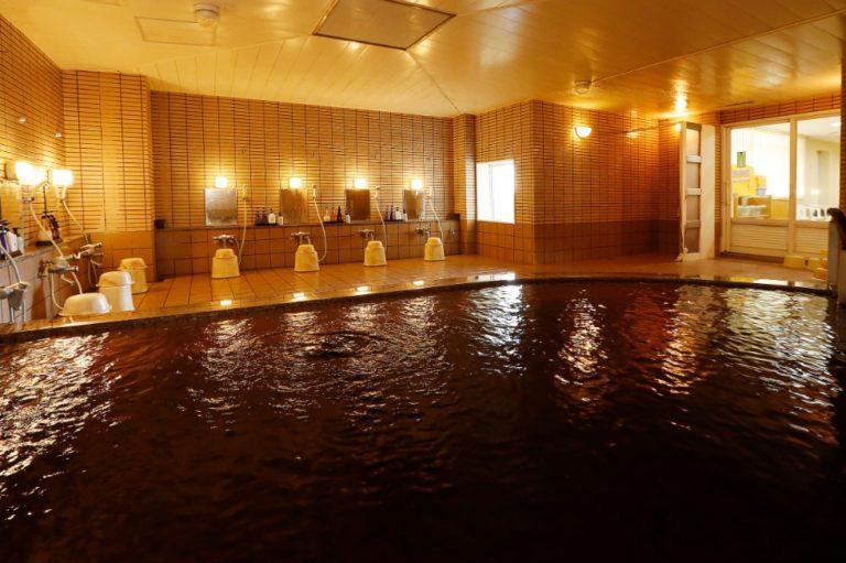 〈十勝ガーデンズホテル〉天然モール温泉に日帰り入浴できる駅前ホテル
