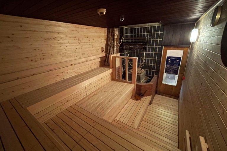 〈北海道ホテル〉フィンランド式サウナや露天風呂、ジャグジーまで充実の温泉